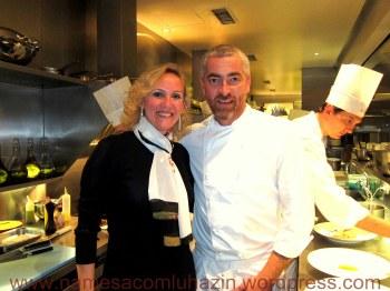Eu e o Alex Atala em sua cozinha