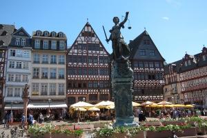 Römerberg - Praça na cidade antiga de Frankfurt