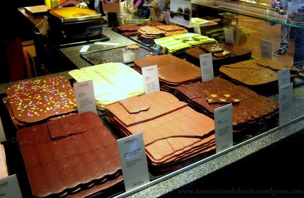 Vitrine de chocolates da Läderach