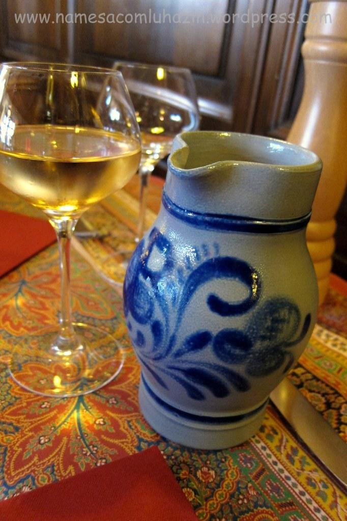 Vinho branco alsaciano - Chez Ivonne - Estrasburgo