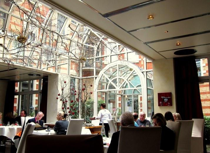 """Restaurante """"Le Jardin de France"""" em Baden-Baden"""
