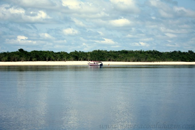 Praia do Sobrado, numa das ilhas fluviais de Anavilhanas
