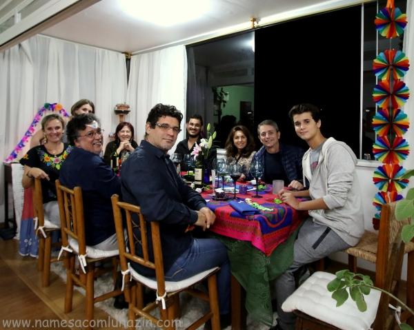 Todos os participantes do jantar mexicano