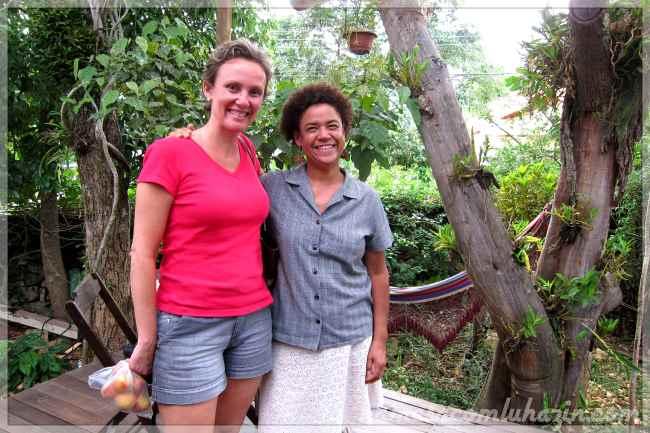 Eu e a simpática Chef Tanea Romão do Kitanda Brasil