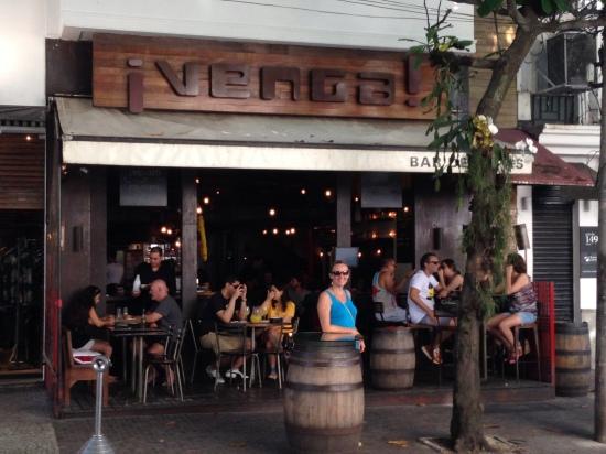 O Venga! - Bar de Tapas, fica na Garcia d'Ávila em Ipanema