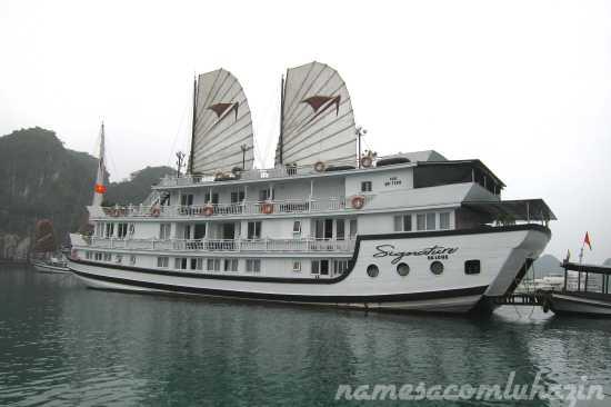 Signature One - O barco em que fizemos o cruzeiro por Halong Bay
